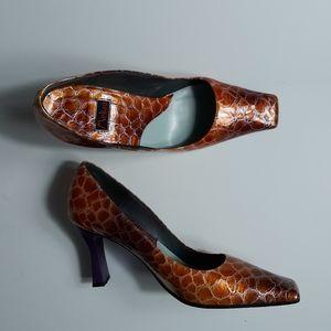 Melian Shoes Women's Size 8 Snakeskin Print Pumps